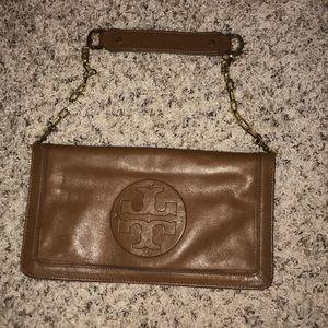 Brown Tory Burch purse 👜